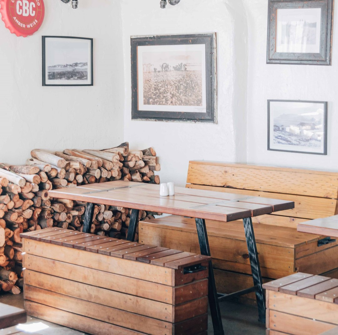 Being housed in an old #fisherman's #cottage, Ons Huisie offers different areas to suit your needs, like our large Stoep which is perfect for hosting year end functions. For more info, check out https://t.co/aJ6KITra76.  #bloubergstrand #westcoast #fishandchips #familyrestaurant https://t.co/7A4m20N58y