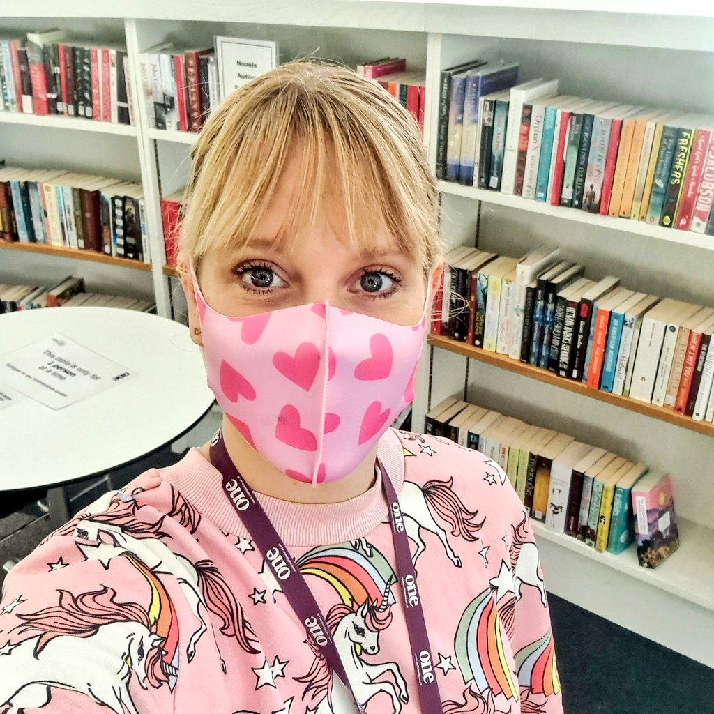 It's dress down Fri-Yay!  We decided to go pink because October is Breast Cancer Awareness Month 🎀   #librarian #LRC #library #librarylife #books #booklover #pink #breastcancerawareness #friyay #fridayfeelings #unicorns #hearts #facemask #dressdown #BreastCancerAwarenessMonth https://t.co/CMlE5ABg12