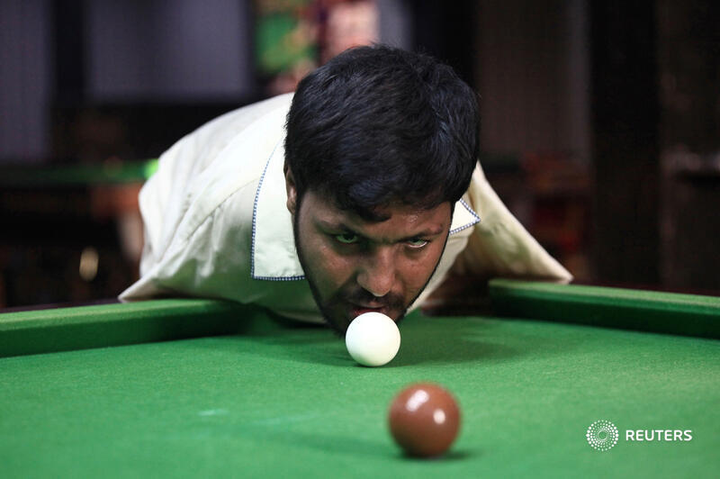 A Pakistan man born without arms has mastered the game of snooker. Meet Muhammad Ikram:  https://t.co/ura0sQoyNJ https://t.co/m6xtBpsQ8o