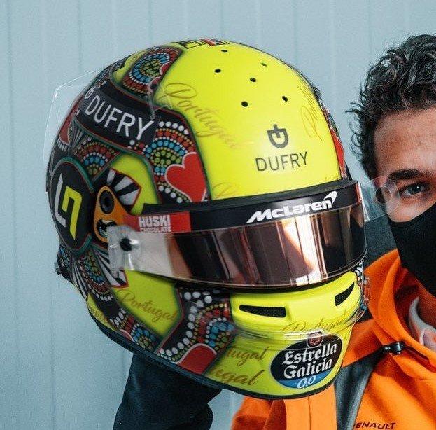 New helmet of @LandoNorris @McLarenF1 for the #PortugueseGP Design by: @mdm_designs   #norris #ln4 #landonorris #mclaren #mclarenf1 #f1 #formula1 #portugalgp #algarve #portimao https://t.co/aVhgILZFOf