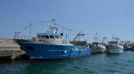 Pescherecci sequestrati in Libia, dalla Regione 100mila euro per i familiari dei marittimi - https://t.co/aaKeZxjQ69 #blogsicilianotizie
