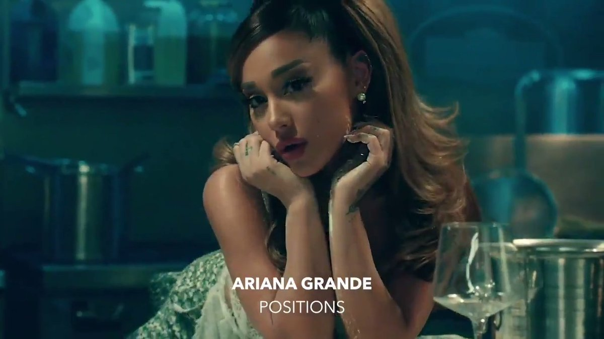 we stan @arianagrande 💗 #Positions ⠀⠀⠀⠀⠀⠀⠀⠀⠀ ▶️ youtube.com/watch?v=tcYodQ…