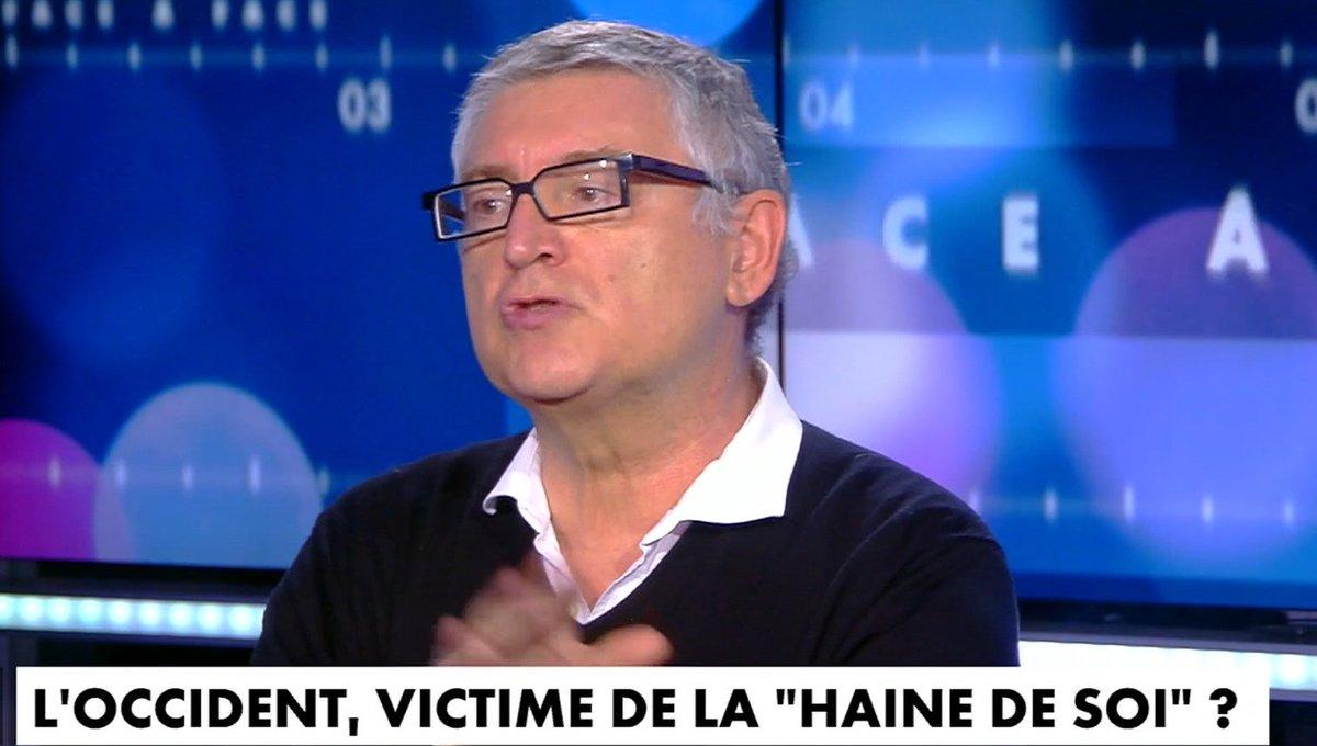 """FrontPopOff on Twitter: """"Michel #Onfray sur #Cnews : """"Notre civilisation  est devenue ultra-matérialiste. Et je pense que les musulmans nous donnent  une leçon d'anti-matérialisme. Ils ont une spiritualité, une éthique.""""…  https://t.co/oXaeLzD3KV"""""""