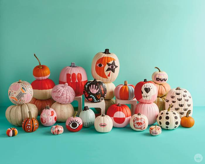 From the Bellyitch Archives Trend: Painting Pumpkins In; Pumpkin Carving Out {DESIGN IDEAS} https://t.co/HQf6qOIhal https://t.co/J430Xzqkoe