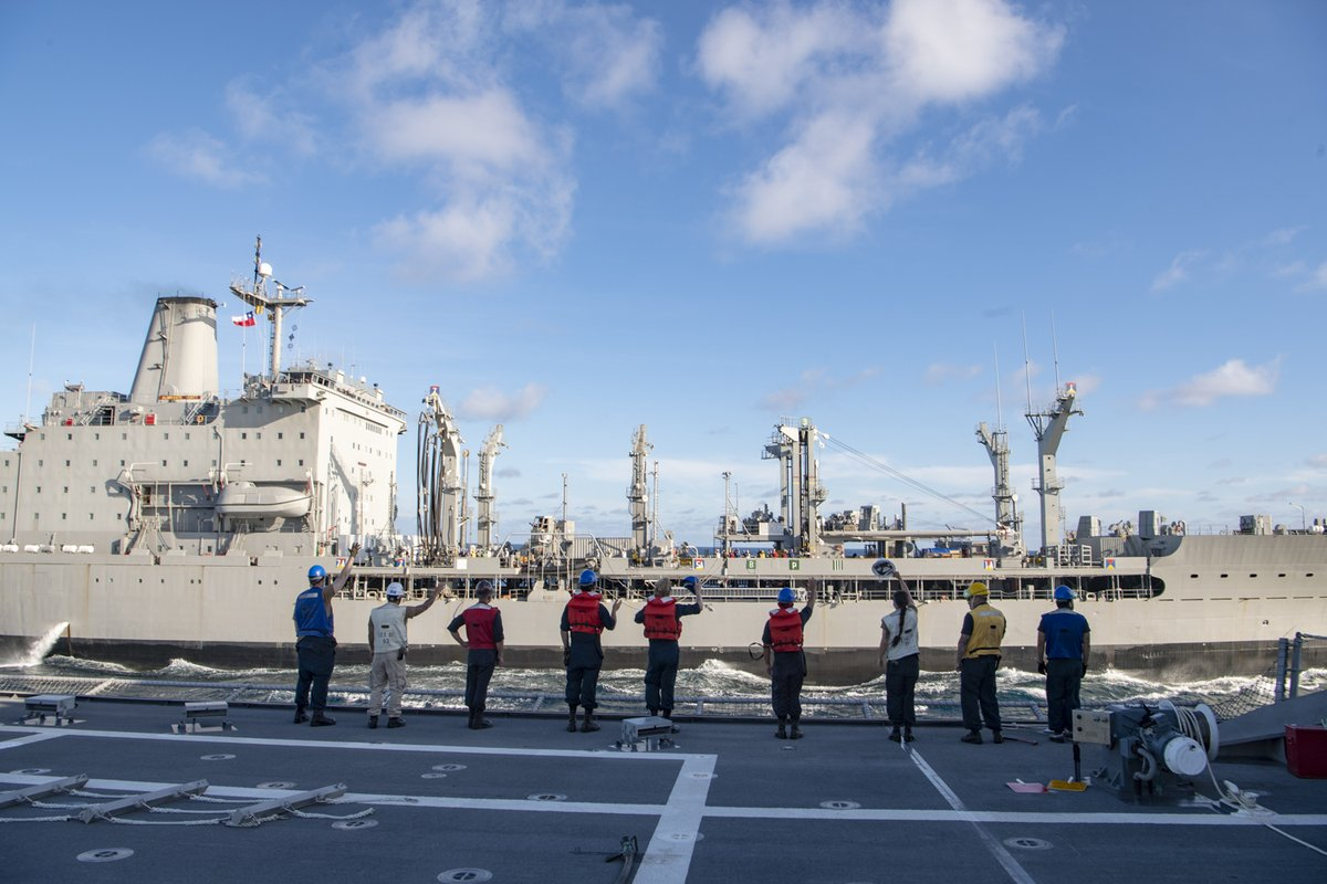 #StrengtheningPartnerships #USSGabrielleGiffords conducts a replenishment-at-sea with the @Armada_Chile replenishment oiler CNS Almirante Montt (AO-52). @USNavy @Southcom @jiatfs #forcetobereckonedwith #NavyPartnerships