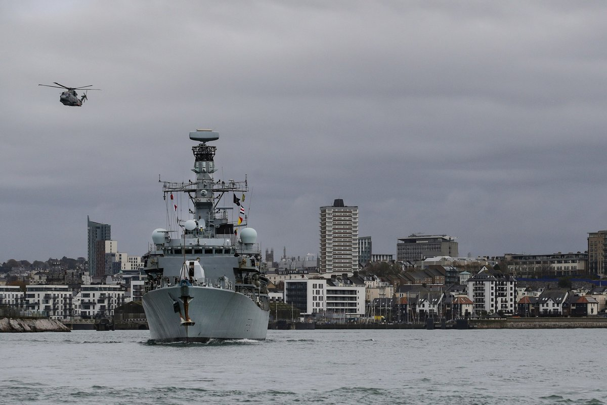 Its farewell to the Fighting Clan till 2023 as @HMSSutherland entered Devonport today for a refit which will help her serve until 2032. Shes the last T23 to receive the life extension overhaul, including Sea Ceptor missiles and improved engines. ow.ly/yLEW50C0P0k