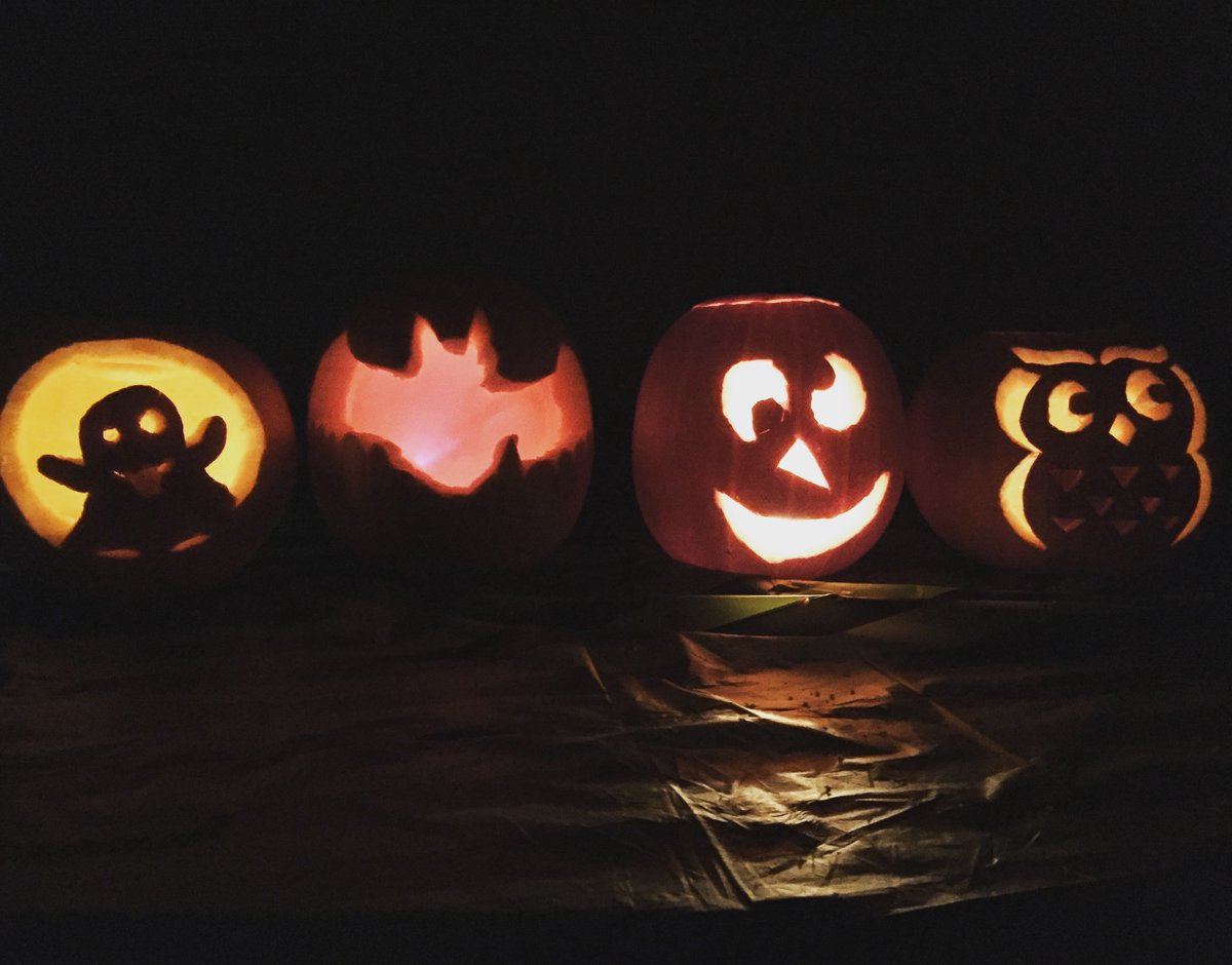 Need fundraising inspiration? These ideas are fangtastic for adapting to social distancing:  👻 Run a 5k in fancy dress  🧛♂️ Hold a spooky virtual quiz  🎃 Pumpkin carving competition   Reply with your suggestions for virtual fundraising ideas - extra points if they're spooky 🧙♀️ https://t.co/EqqwFu90kp