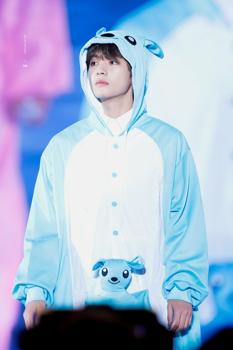 Taehyung wonderful Taehyung witty Taehyung winter bear Taehyung wholesome Taehyung world-class Taehyung well-built Taehyung worthy Taehyung wisdom Taehyung whipped Taehyung witty Taehyung warm Taehyung wise Taehyung, you are the best!!! 💜💜💜 #TAEHYUNG  #TAEHYUNGweloveyou https://t.co/z9Ch7qsf3n