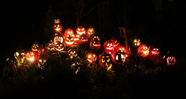 Halloween is just a week away, have you got your Jack-O-Lanterns ready?   Here are a few creative ideas to enjoy with your family.  https://t.co/RExLd0S3Me https://t.co/H8ep95zg19