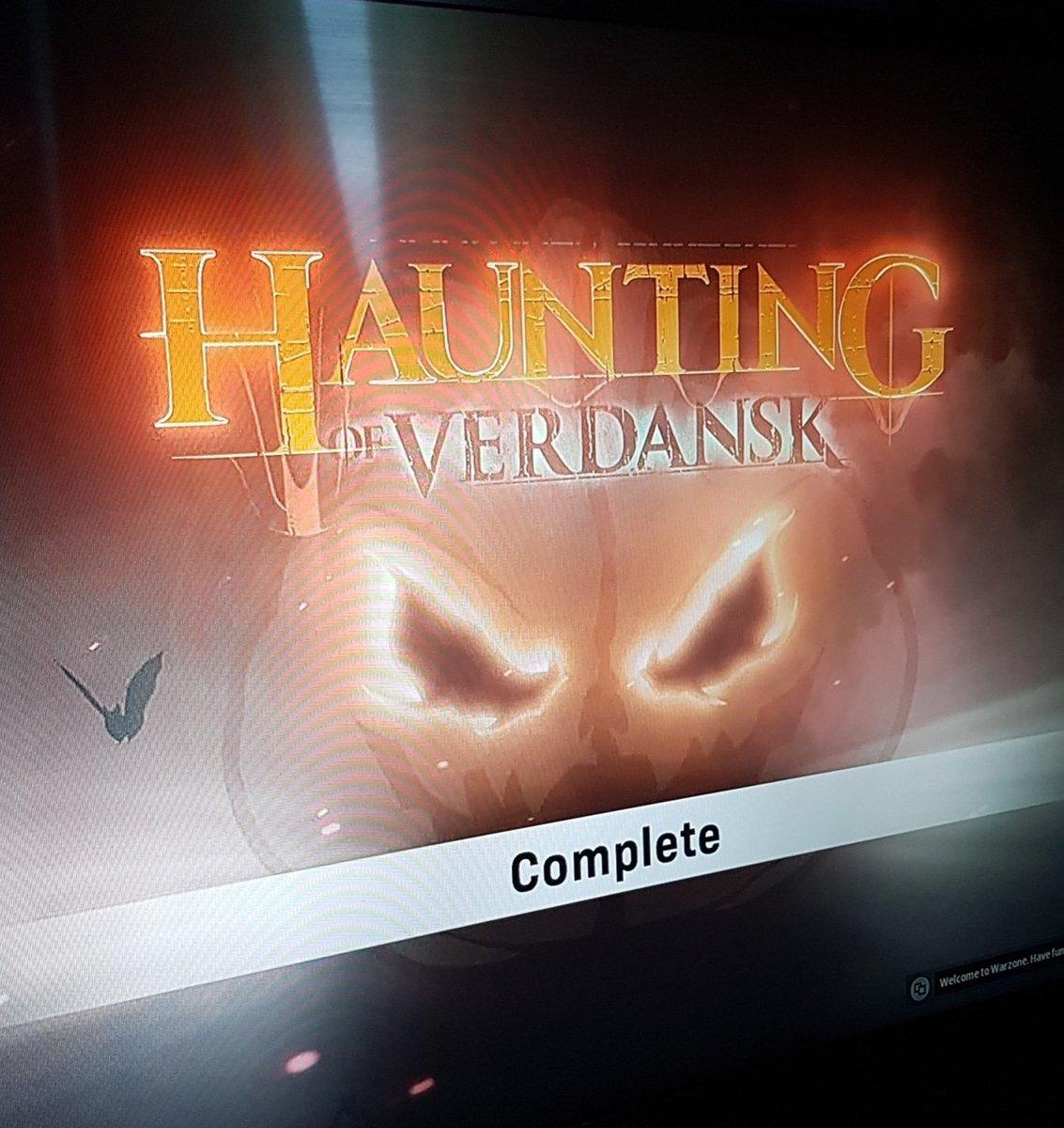 Finally The Haunting Of Verdansk is complete 😌 #warzone #mordernwarfare #halloweenseason #halloweenevent #xboxone #night #zombies https://t.co/SmY2UurSNd