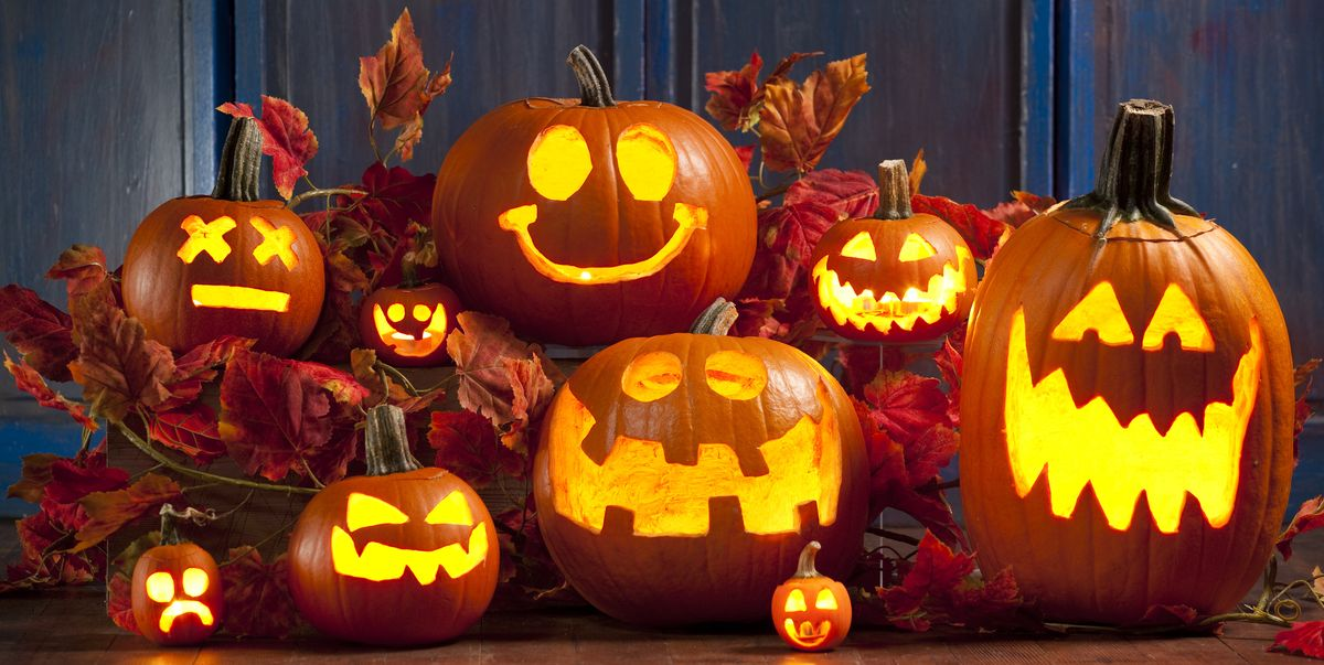 Halloween is coming right up! Do you have your pumpkin yet? Here are some tips on picking the perfect pumpkin for your Jack-o-lantern, plus instructions for carving or painting it. https://t.co/WpFYTg8cR6 https://t.co/cT0LQafK4c