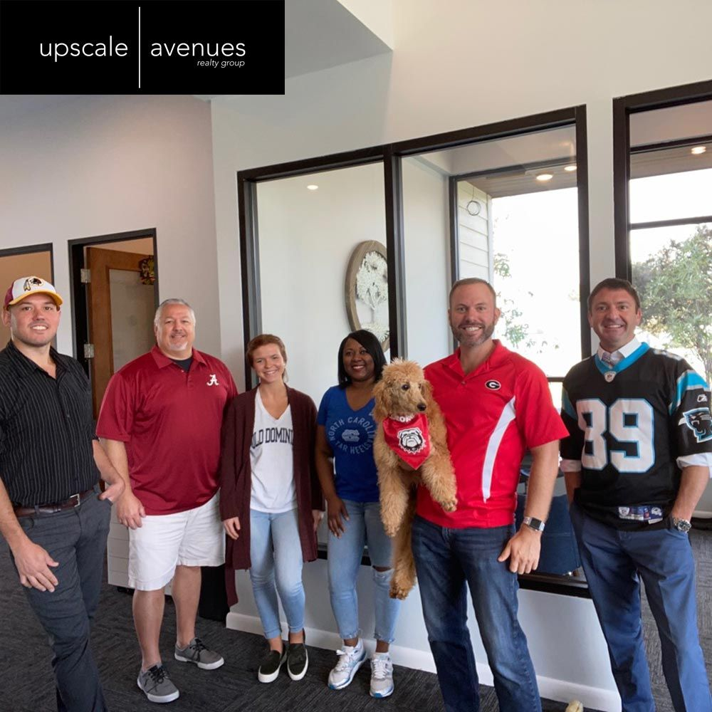 We're pulling for our teams today on Team Spirit Day. 😎   We're hangin' with the Washington Football Team, University of Alabama Crimson Tide, Old Dominion University Monarchs, University of North Carolina Tarheels, University of Georgia Bulldogs, and Carolina Panthers. https://t.co/DMhfFK5oZG