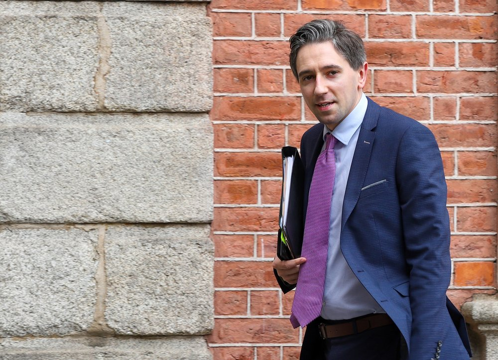 Simon Harris TD gave the Keynote speech at the IUA Future Of Ireland Seminar, which took place earlier today, with a focus on the pivotal role of Universities for future skills and innovation https://t.co/r4iAnUMPwn https://t.co/RN9W6WLQeG