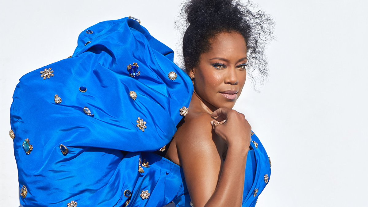 We're thrilled that Schiaparelli and @ChristiesInc are teaming up to support girls around the world. Today they're launching a special auction for two custom looks that @ReginaKing wore to @TheEmmys, and all proceeds will go toward our work to empower girls through education. 💕