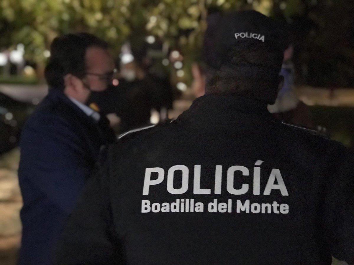 Gracias a @jubedal alcalde de #Boadilla por acompañarnos y conocer de primera mano el trabajo realizado por nuestros #Agentes 👮🏻♂️