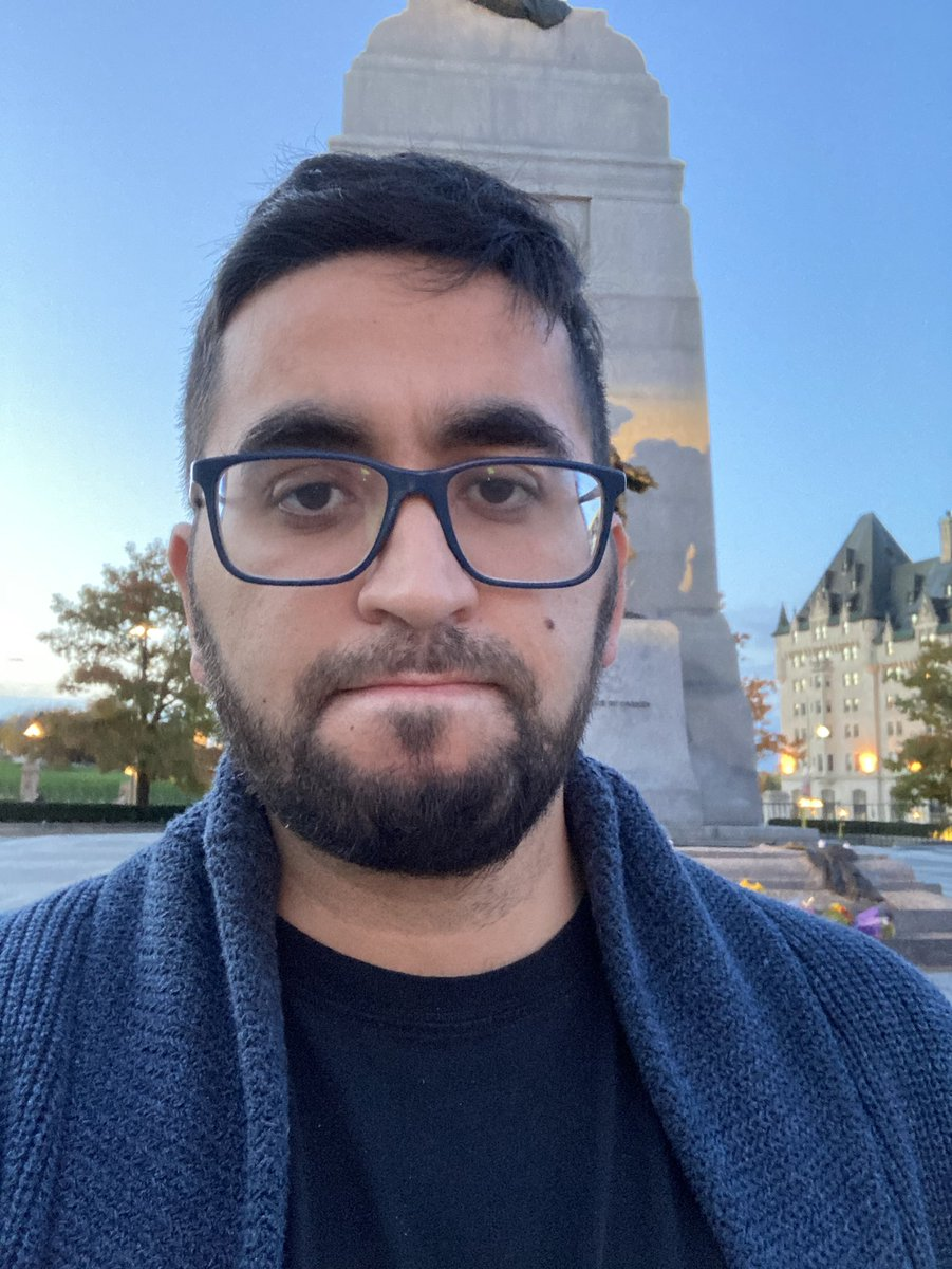 I'm a Canadian Muslim.  Yesterday the Tomb of the Unknown Soldier was defaced with a swastika.  To the lowlife that did this, know that if you want to intimidate the Jewish community, or dishonour the fallen, you have to come through us. https://t.co/MarNpi3fbP