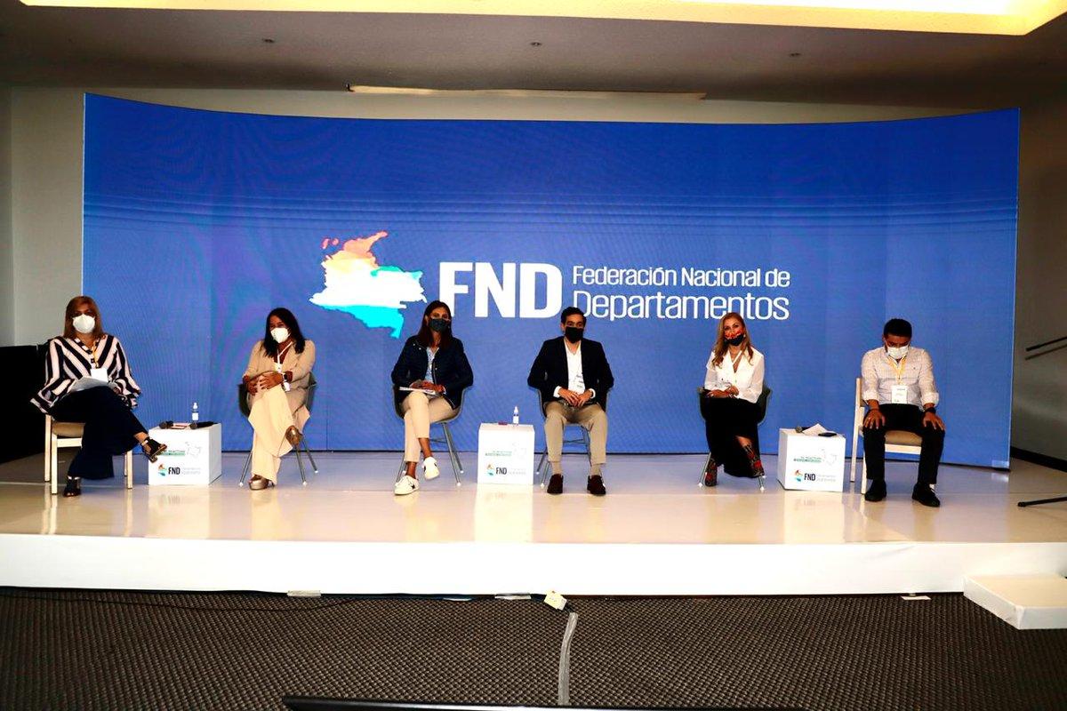 #LasRegionesSeReactivan | En el panel 'Inversión Nacional para la Reactivación' con presencia de @MinTransporteCo, @Findeter, @ProsperidadCol y @DNP_Colombia, se expone importancia de realizar inversiones en iniciativas y obras que impulsen generación de empleo en territorios. https://t.co/Es4aTplLMc