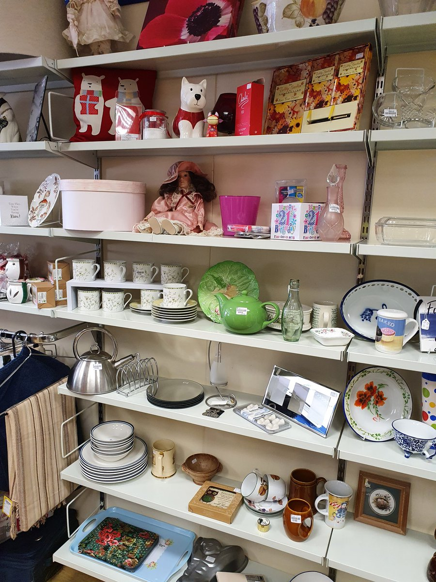 Bric all full and selling fast, hurry to get bargain and don't forget to pick up your #christmascards too. #mymindshop #mentalhealth #charityshop #hobsmoatshop #Solihull https://t.co/8gbvxXy41j
