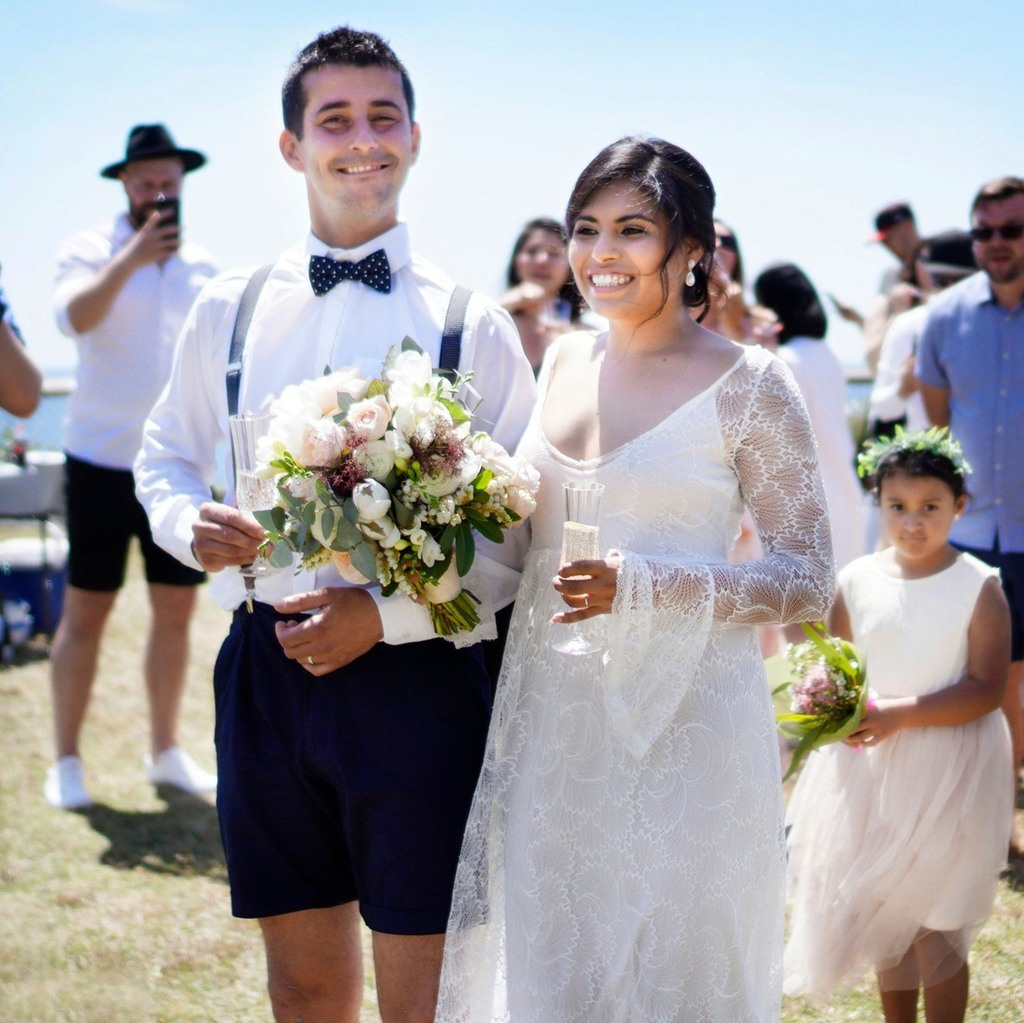 — There are no rules when it comes to weddings, so if you feel like wearing shorts, go right ahead!⠀ .⠀ #UpcycledLove #EcoFriendly #NorthernBeaches #MarriageCelebrant #LoveIsLove #WeddingCeremony #Elopement #WeddingBlog #Vows #WeddingPlanning #JustMa… https://t.co/DP3txtnJBk https://t.co/sPbazVNXg8