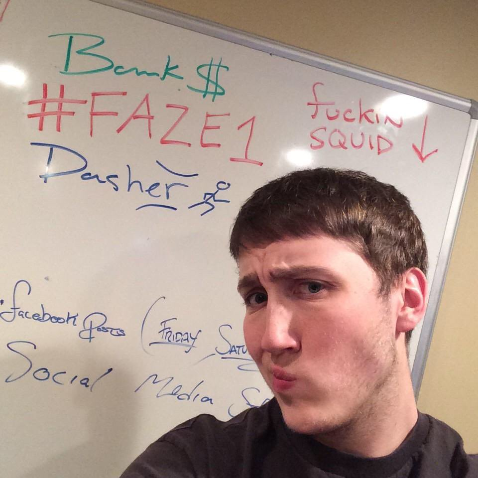 HELP THE KID OUT! #FaZe5 @Dasher