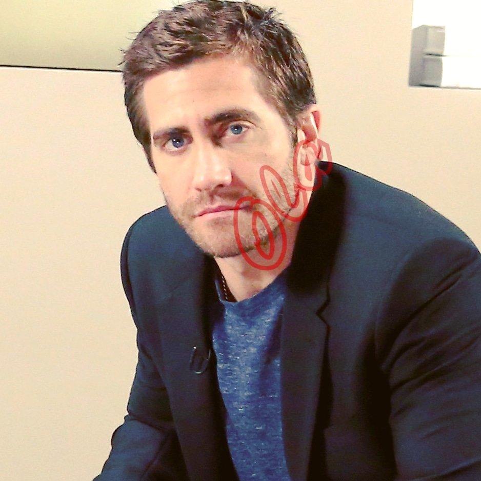 #sweetdreamsaremadeofthis 😍 #myhunkycrush #jakegyllenhaal dashing af Jake Gyllenhaal https://t.co/ha9oy5sfg9