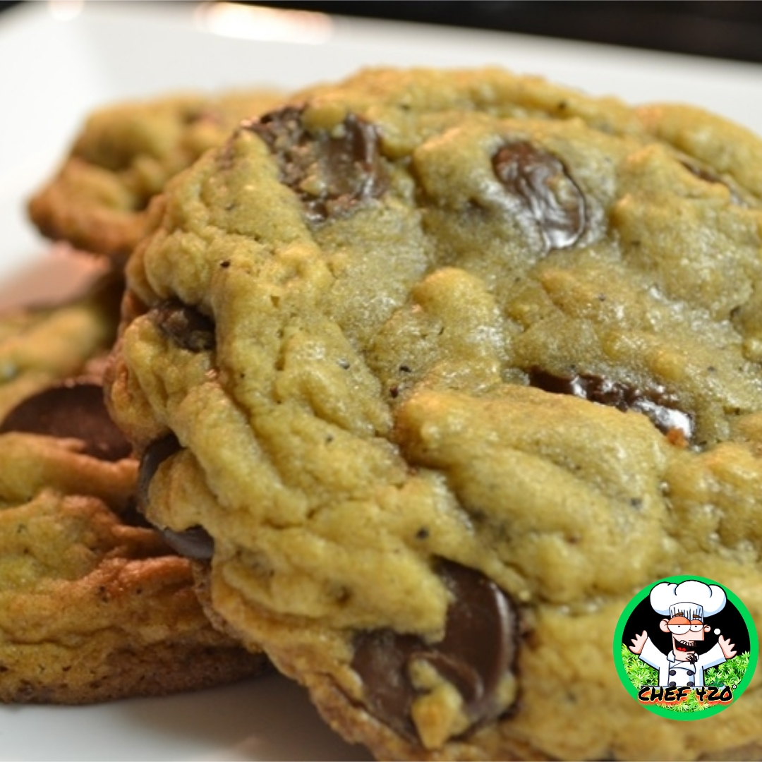 CHEF 420s own Chocolate Chip Cookie Recipe, If you only make Edibles once this is what you need to make. You will LOVE 'em!!   https://t.co/7FbbGdDyjU  #Chef420 #Edibles #CookingWithCannabis #CannabisChef #CannabisRecipes #InfusedRecipes  #Happy420 #420day #420blazeit https://t.co/VtAzHv1t5Y