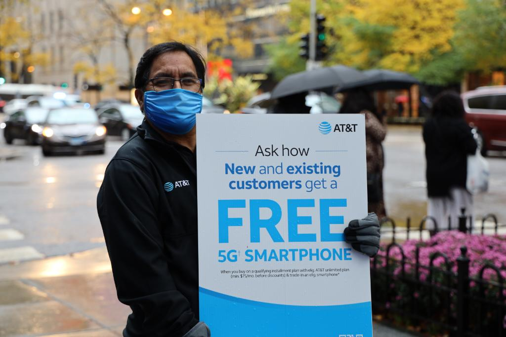 At T On Twitter Our Teams At Attmichiganave Are Ready To Help You Switch Add A Line Or Upgrade Today Both New And Existing Customers Get Our Best Deals Attnationwide5g Iphone12 Https T Co Jwvhr4d3qq