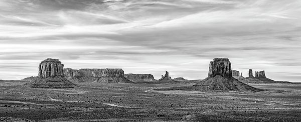 art for the eyes! https://t.co/tFemsPsi0u #monumentvalley #arizona #landscapelovers #picoftheday #naturelovers #amex #visa #artlovers #FotografiaWMX https://t.co/cFIYy5PnBd