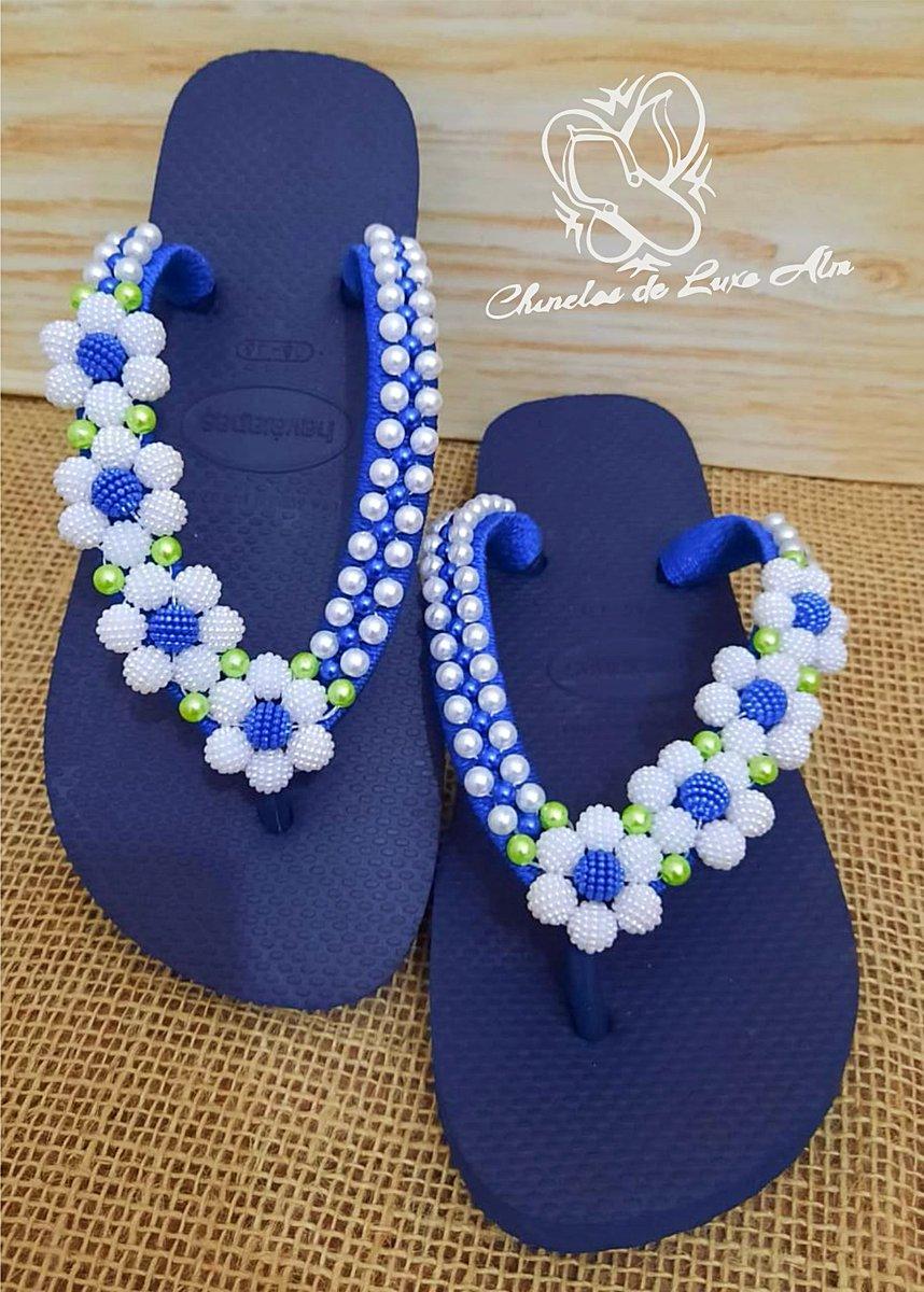 O que acham dessa combinação de azul? 😍 Enviamos para todo o Brasil 🇧🇷 WhatsApp (14) 99727-4536 ⠀ #chinelosdeluxoalm  #chinelufas #pantufas #inverno #brasil #moda #verao #brazil #havaianastodomundousa #luxo #rasteiras #fashion #marilia #havaianascustomizadas https://t.co/ZmLyVsaP1y