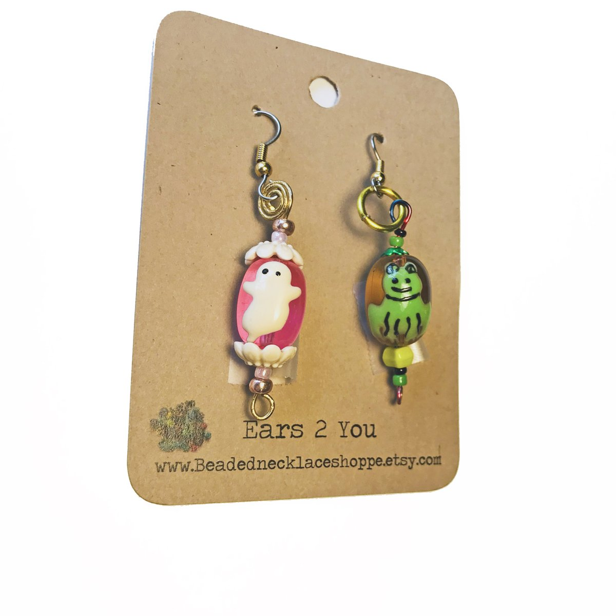 Excited to share the latest addition to my #etsy shop: Halloween earrings, Pink Or Green Ghost earrings, Glass earrings with painted ghosts, wire wrapped findings, Gift Idea for Halloween Parties https://t.co/FsdjlKjtor #women #earlobe #gothic #glass #no #green #fantas https://t.co/LcSgFbswQ5