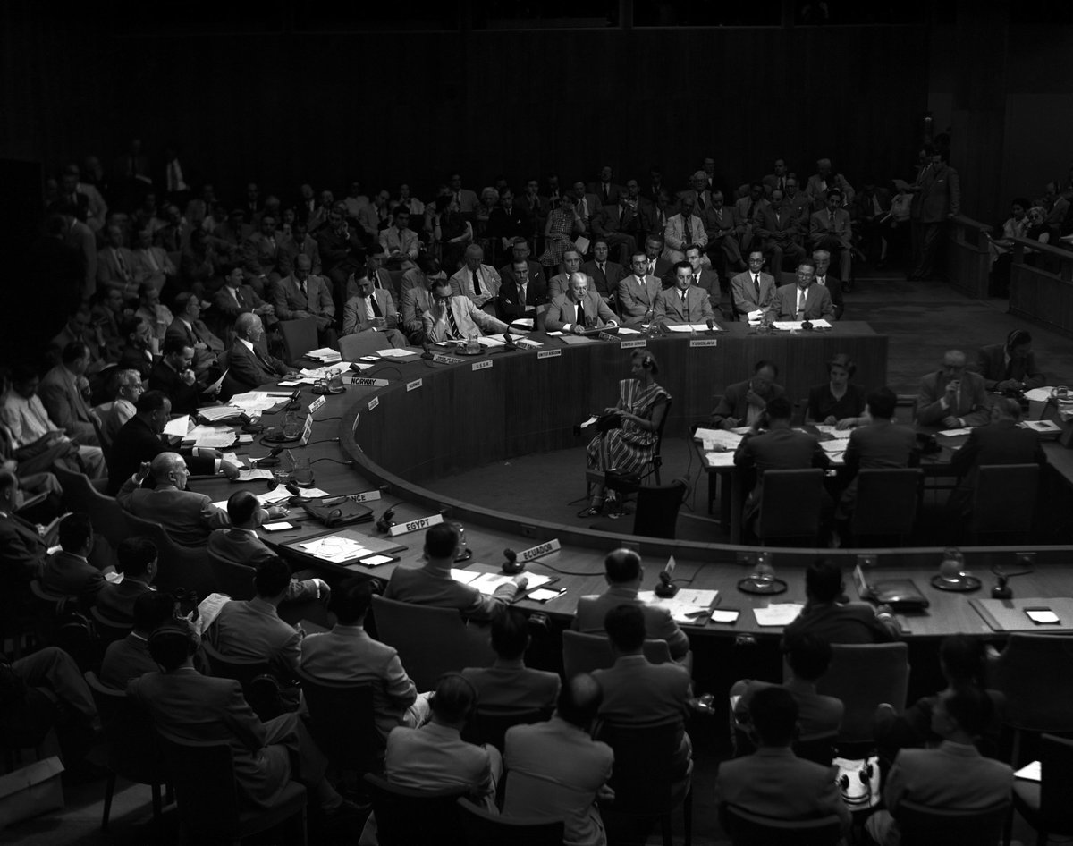 #OTD 1945, the @UN was founded, bestowing upon the world a new rules-based int'l order. UNC🇺🇳 represents the world's first collective security effort under the #UN system, where the int'l community came together #UnderOneFlag to restore peace to the Korean Peninsula. #UNDay #UN75 https://t.co/EF8Q8FfAS1