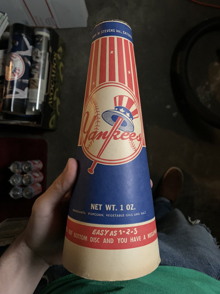 Yesterday's Memorabilia of the Day! Vintage Yankees popcorn holder/megaphone - $15 shipped. 1999 All-Star Game Fenway Park ticket and Program -Pedro's big game! $45 shipped. @HobbyConnector @Hobby_Connect @HiveCards https://t.co/GxTUfnTUoA
