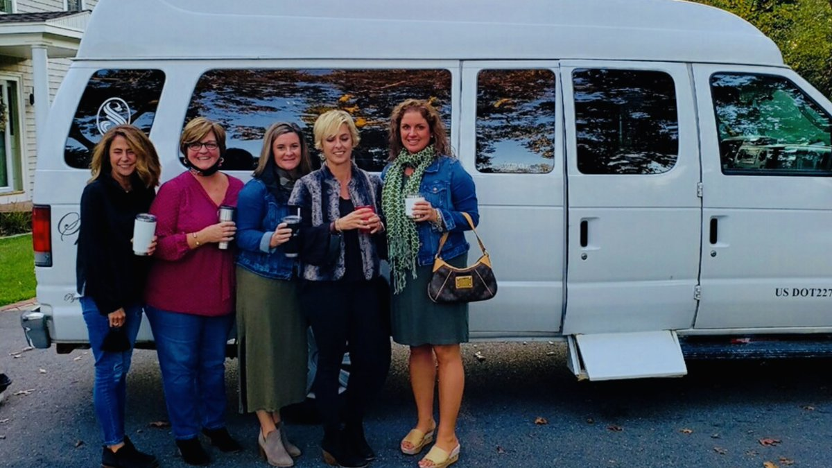 Ladies Night Out- Ladies from Plymouth wanted a worry free night out to catch up, so they left the driving to us by taking one of our COVID Clean Passenger Vans to Ella's restaurant in Wareham.  (Masks off for photo)  Thank you for choosing us! #livery #nightout @PlymouthCoach https://t.co/KP9M0NnVxY