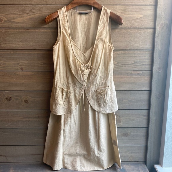 So good I had to share! Check out all the items I'm loving on @Poshmarkapp #poshmark #fashion #style #shopmycloset #stellaforest #chanel #freepeople: https://t.co/bGGcOS3h7T https://t.co/NFS4AHnWgF