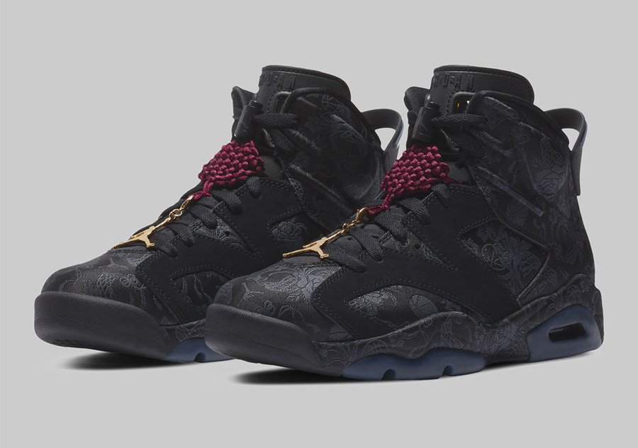Official look at the upcoming Air Jordan 6 'Singles' Day'. Drops 11/25 for $210 bit.ly/Sneaker_News