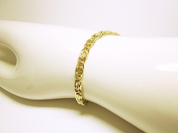 Gold #Bracelet Unisex Bracelet #Fashion Bracelet Modern Styling Interesting Links Light Larger Clasp Great #Gift For Him Or Her #jewelry #wrapbracelets #handmade #giftideas #style #giftforher #bracelets https://t.co/KIbXLA2ToV