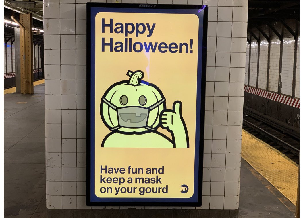 The #NYC transit always has in down #Halloween2020 #Transit #subway #Pandemic #Covid_19 #COVID @Yankees  @nytimes @WSJ #costume @MTAArtsDesign @mtanownqr https://t.co/4xxbJdqeLw
