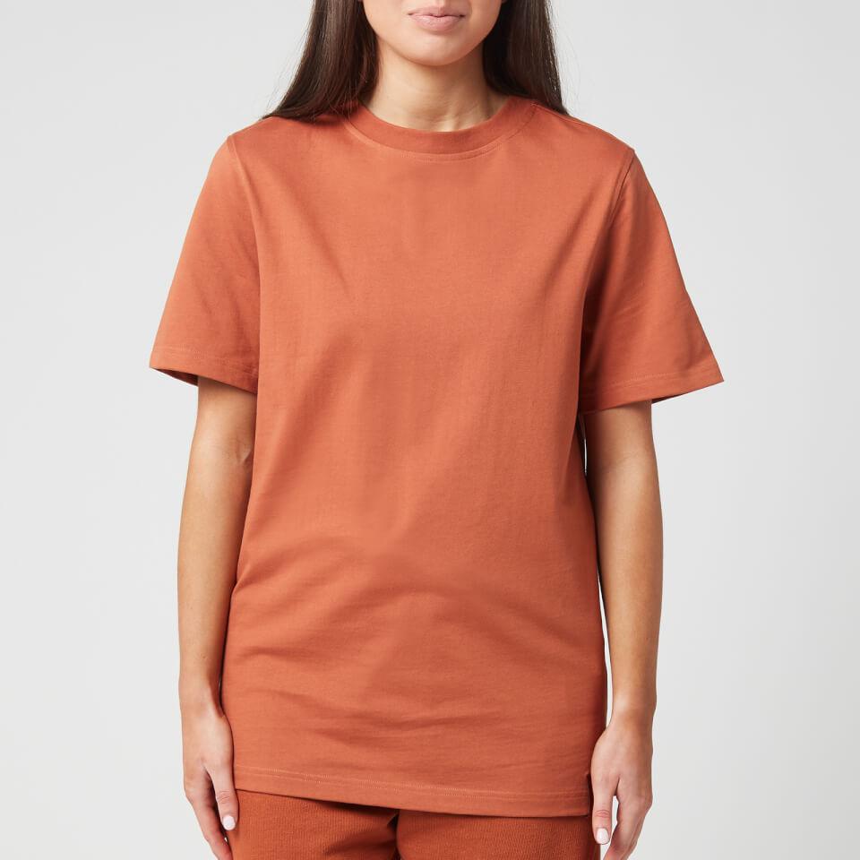 70% OFF 🤘  Get a Reebok X Victoria Beckham Women's Logo T-Shirt - Desert Brown for $23 😉  Was $75  🛒   #ReebokXVictoriaBeckham #discount #sale