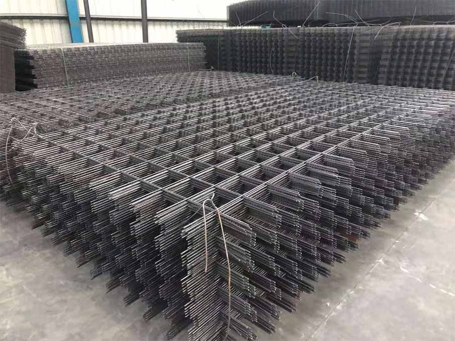SD reinforcing mesh is fabricated according to the standard DIN 488. #metalmesh #wiremesh #bridge #pavement #construction #buildingmaterials #mines #coalmines, #subways #tunnels https://t.co/BUPYMd98TP https://t.co/AB5E1KTooB