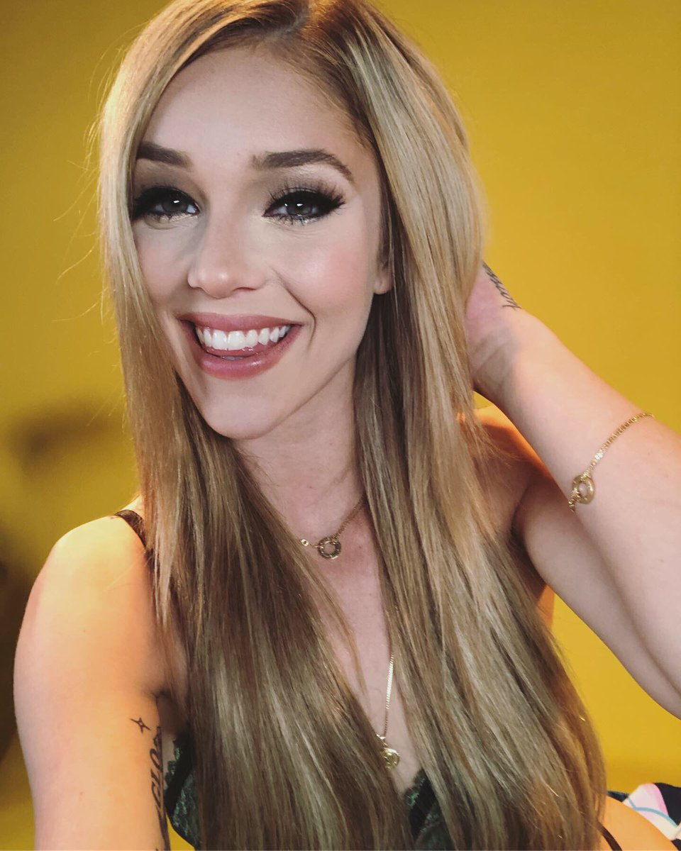 test Twitter Media - RT @Matthew669691: #SmilingSaturday Gorgeous lovely flower @kaliroses https://t.co/gIasNpWTg6