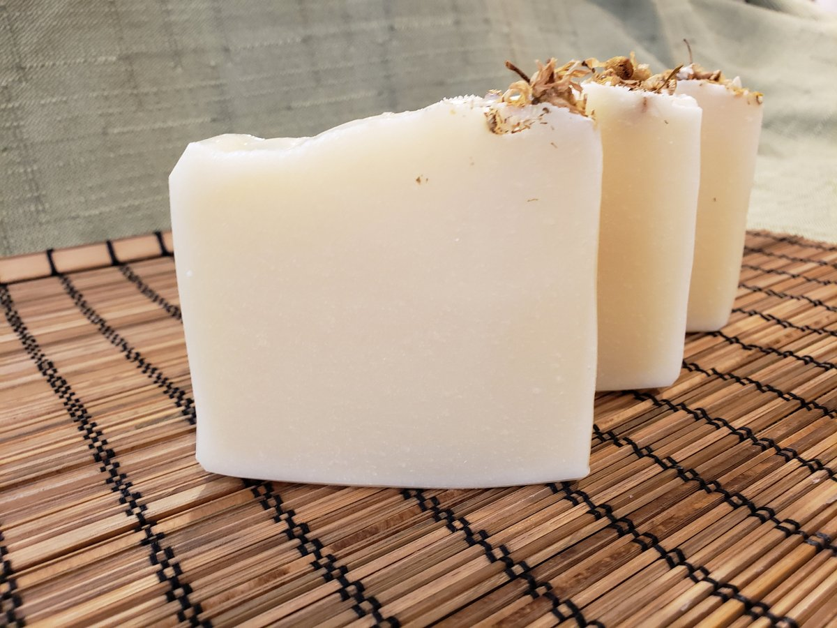 Floral Bouquet Soap, Daisy Chain, Baby's Breath, Hand-Crafted Soap, Cocoa Butter Soap, Vegan Soap, Floral Soap, Flower Soap, Large Bar Soap https://t.co/ZiKOeBMf3j #skincare #Mensgrooming #facialcare ##Handwashing ##WashYourHands #FloralBouquetSoap https://t.co/mMgQOW6lLo