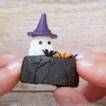 Image for the Tweet beginning: Halloween craft ideas. Pick one →