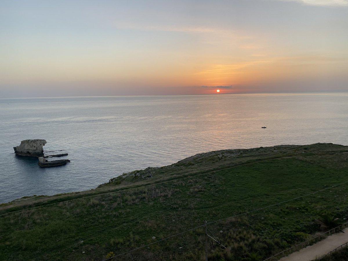 Monet was definitely here... #dawn #siracusa #impression https://t.co/c7ARQrGYmw