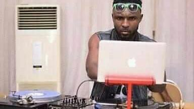 FOR BOOKINGS 👉 #DJMsa 👑   * RADIO DJ  * PRIVATE EVENT DJ   * INDEPENDENT BAR OR CLUB DJ  Follow 🔴 @djmsablastroom Mail ⚫ djmsablastroom0074real@gmail.com Call / WhatsApp  🔵+2348085828295 or +2349032865381  #prodj #celebritydj #clubdj #djlife #pioneerdj #weddingdj #radiodj https://t.co/psgGt1ZJ53