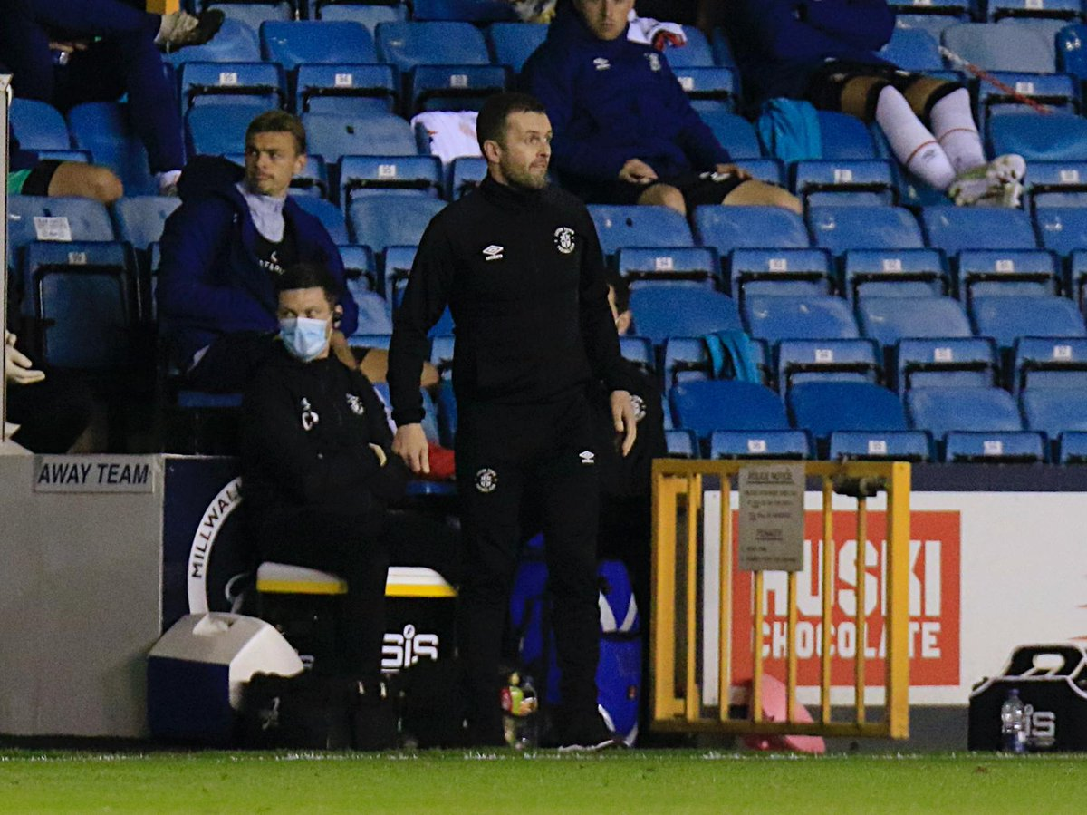 NJ warns #Luton to be ready for 'dangerous' Owls side even with points deduction: #Hatters boss Nathan Jones believes that Sheffield Wednesday's attacking options make them a 'dangerous side' even with their points deduction this term. ▶️ https://t.co/PnsaY7UHfO #COYH #LTFC #SWFC https://t.co/HLq2Oi6Ywc