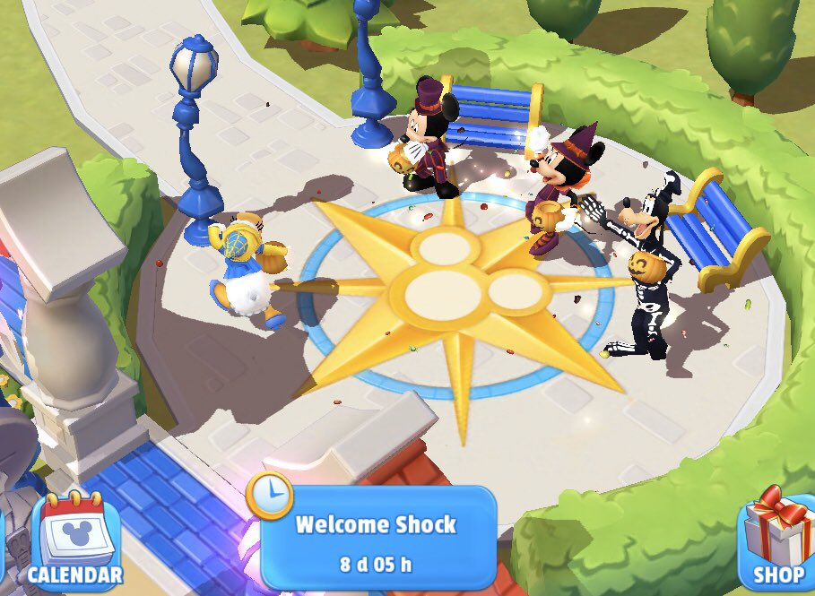 Wondering why Donald Duck isn't part of this when he has his own Halloween costume 🤔 #DisneyMagicKingdoms #Halloween #TrickOrTreat https://t.co/ucSQaJh9Jx