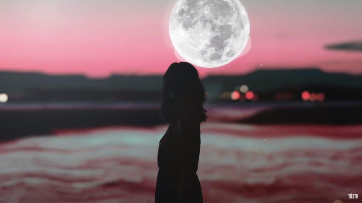 Jubël ft NEIMY – Dancing In The Moonlight (Tiësto #Remix)  https://t.co/Evy5yo6Uu9  #Jubel #NEIMY #DancingInTheMoonlight #Tiesto #music #edm #dance #musicismylife #nowplaying #musicnews #youtube #youtubemusic #newmusic @jubelartist @NEIMYmusic @tiesto https://t.co/TQy3YkGJTl