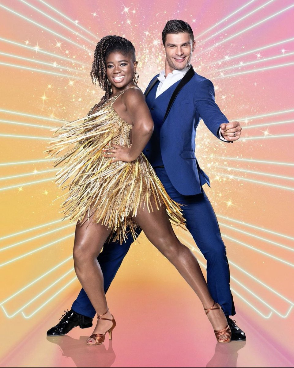 First show day on @bbcstrictly 🙌🏼         I can't wait to CHA CHA with my @claraamfo on that legendary ballroom floor❗️Good luck to all the couples! Go and dance like everyone is watching❗️Let's do this the class of 2020 ❤️ https://t.co/OOqL90vBUG