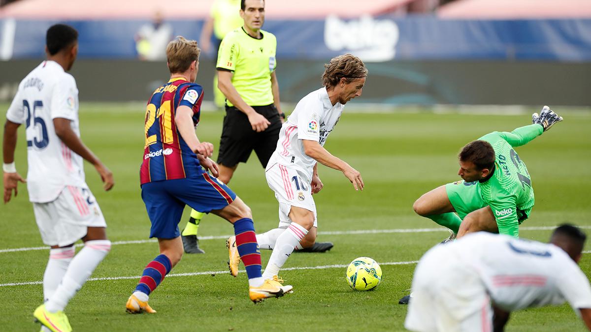 ريال مدريد يدمر برشلونة بثلاثية على الكامب نو في الكلاسيكو