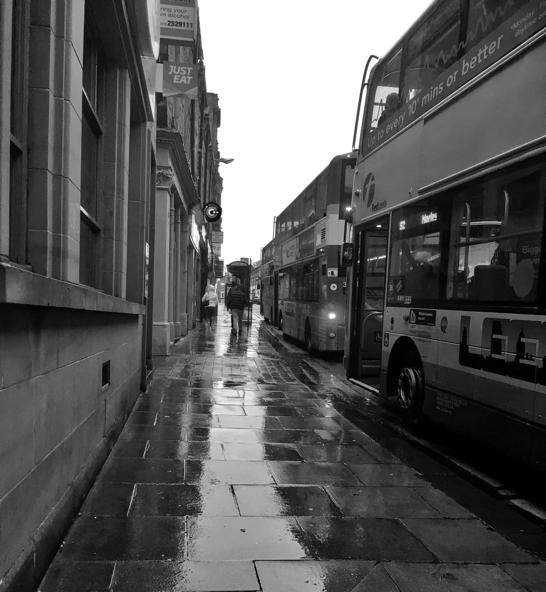 I love it when the pavements are all shiny when it rains ☔️#Morley x https://t.co/md1uufL4zX